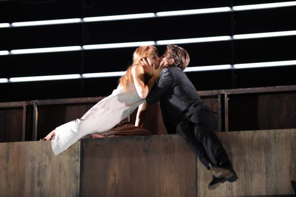 http://theatrelfs.cowblog.fr/images/RomeoJuliette.jpg